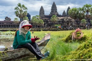Grass cleaner Angkor temple, Siem Reap Cambodia Asia