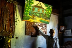 Owner of Battambang old colonial ancient wooden house